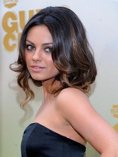 Celebrity Lookbooks: Mila Kunis at 2009 Spike TV Guys Choice Awards, LA