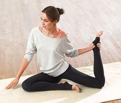12,99 € Die ideale Yogahose spürt man nicht am Körper. Diese Yoga-Leggings sind ohne störende Seitennähte gearbeitet und stehen für hohen Tragekomfort. Ihr Rippbund sitzt gut und schnürt nicht ein.