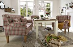 ein stylisches Esszimmer im Landhausstil