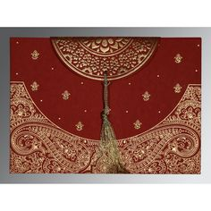Wedding Cards - The Best Places To Take Outdoor Wedding Photographs Wedding Prep, Wedding Day, Wedding Card Design Indian, Wedding Dress Suit, Wedding Dresses, Hindu Wedding Cards, Wedding Invitation Cards, Indian Invitations, Custom Jewelry