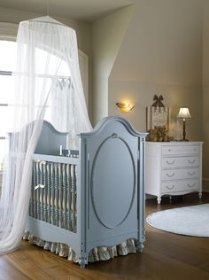 Beautiful nursery and GORGEOUS crib!