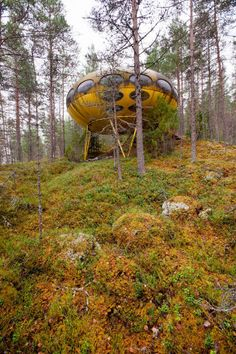 "'Futuro House is a round, prefabricated house of which less than 100 were built during the late 1960s and early 1970s. It was designed by Matti Suuronen as a ski cabin that would be ""quick to heat and easy to construct in rough terrain."" The end result was a universally transportable home that had the ability to be mass replicated and situated in almost any environment.'"