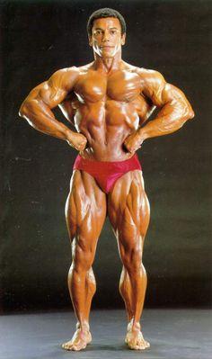 Chris Dickerson winning the 1982 IFBB Mr. Olympia.