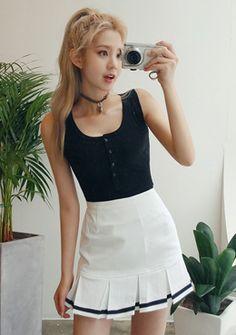Cute Line Detail Pleats Skirt | Korean Fashion #chuu