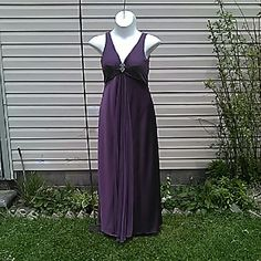 """Gorgeous Gown Satiny mauve gown with chiffon scarf  / shoulder wrap.  Top is pleated, front & back. Rhinestone detail at cleavage.  Chiffon pleating down center from bottom of bust to hem.  Fully lined, full skirt. Zip back. Extremely form flattering.  Wrap measures 80"""" x 17""""  Measured flat 18"""" across bust. 16"""" empire waist, measured under pleats. 58"""" long On 36"""" x 31"""" x 36"""" mani  In excellent condition! Formal, Gown, Cruise. Alex Evenings Dresses"""