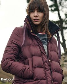 For when the mercury really drops, the Weatheram quilted jacket is here to keep you cosy. Offering a longer length for additional coverage, the chunky baffled design not only provides exceptional warmth, but a versatile look that can carry you all the way through the season.
