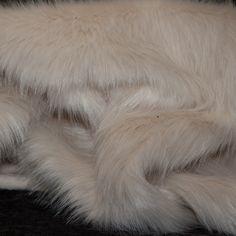 licht beige langharig imitatie bont