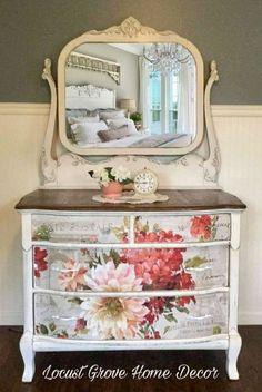 Shabby chic farmhouse dresser
