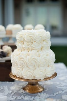 Ruffled wedding cake The perfect sized cake to add to a dessert table! See more here: http://deliciousdesserts.net