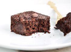 Brownie super-macio sem açúcar – úmido, intenso e delicioso!