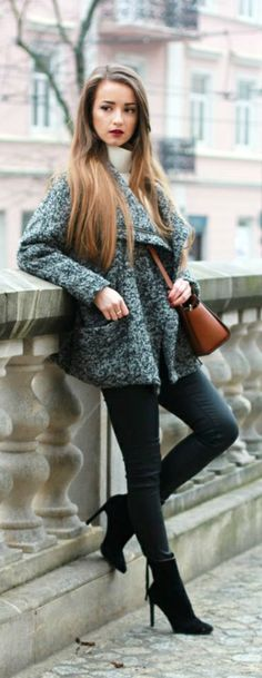 """ SIMPLICITY"" chunky coat, with scarf, leggings ( or jeans) with a heel boot"
