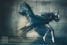 Editorial The Haute Couture por Paolo Roversi para VOGUE ITALIA