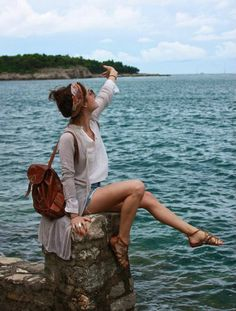This picture. I need to take a picture like this in Greece!