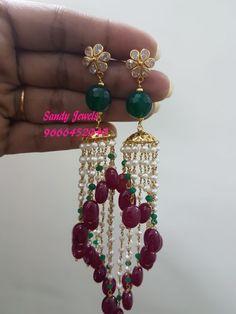 Ear Cuff Jewelry, Indian Jewelry Earrings, Jhumki Earrings, Kids Earrings, Gold Jewellery, Beaded Jewelry, Jewelery, Pearl Necklace Designs, Gold Earrings Designs