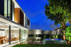 Planalto House,© Nelson Kon
