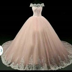 Apr 2020 - American wedding dress designers specializing in custom made to order wedding gowns & evening dresses you can afford from the USA. Pretty Quinceanera Dresses, Pretty Prom Dresses, Sweet 16 Dresses, Ball Gown Dresses, Evening Dresses, Pageant Dresses, Formal Dresses, Maskerade Outfit, Quince Dresses