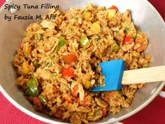 Spicy Tuna Filling - This delicious and easy filling can be used in sandwiches, buns or as a pizza topping. Tastes awesome on pasta too! Tuna Sandwich Recipes, Tuna Recipes, Veg Recipes, Italian Recipes, Healthy Recipes, Healthy Food, Spicy Pizza, Turmeric Recipes, Biryani Recipe