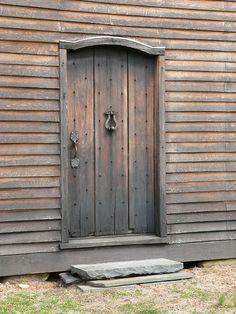 Colonial Barn western door