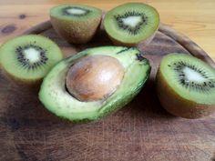 Kiwis-avokádós zöldturmix