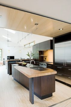 Modern Home by Gardner Mohr Architects via life1 nmotion on Tumblr