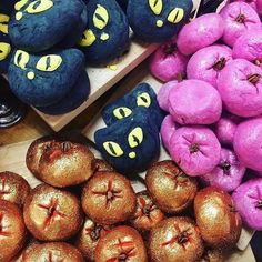 This is how you can win Lush Halloween products throughout the whole spooky month Lush Aesthetic, Autumn Aesthetic, Lip Scrub Homemade, Homemade Facials, Lush Store, Lush Fresh, Lush Bath Bombs, Lush Products, Face Products