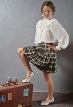Sexy Blouse, Blouse And Skirt, Beautiful Blouses, Beautiful Outfits, Pretty White Dresses, Librarian Style, Kilt Skirt, Tartan Dress, Kids Fashion