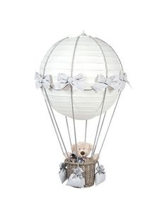 Pasito a Pasito Babyzimmerlampe Heissluft Ballon Vichy grau - im Fantasyroom Sho. Diy Hot Air Balloons, Balloon Lights, Lampe Ballon, Balloon Shades, Baby Deco, Fantasy Rooms, Nursery Lighting, Baby Zimmer, Paper Lanterns