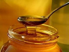 2 Great Cough Remedies with Honey and Onions - Step To Health Cough Remedies, Home Remedies, Natural Remedies, Diy Hair Treatment, Honey Benefits, Nutrition, Damp Hair Styles, Natural Sugar, Health Articles
