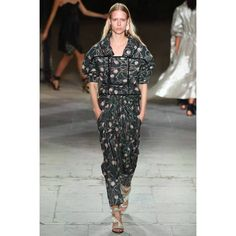 Isabel Marant  #VogueRussia #readytowear #rtw #springsummer2017 #IsabelMarant #VogueCollections