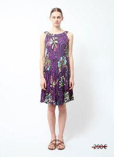 - Missoni Purple Printed Dress - Sleeveless cotton purple with multicolor printed flowers - Tiered cut with elasticated bands - Wide collar bad - Loose and lightweight cut and fit - This item ships out between 1-2 days - No fabric tag (cotton)