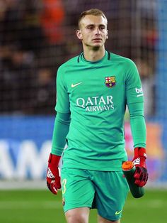 169f8bd6fa0 Jasper Cillessen during the Copa del Rey round of 32 second leg match  between FC Barcelona