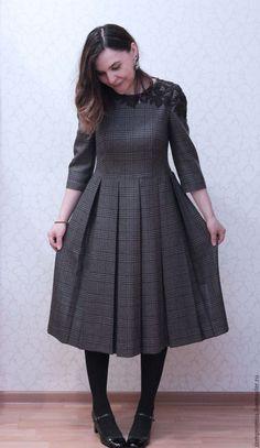 Купить платье в клетку с шерстяным кружевом - в клеточку, комбинированный, платье шерстяное, платье с кружевом, с ручками