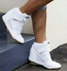 Nike Sky Hi Dunk wedges white on white size 6 Nike Heels, Nike Wedges, Nike Boots, Sneakers Nike, Converse Heels, Timberland Boots, Wedding Sneakers, Wedge Wedding Shoes, White Wedge Sneakers