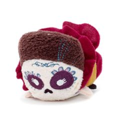 Whether it's the land of lost souls or rubber soles this Mama Imelda Tsum Tsum mini soft toy will be the one to keep everyone in check! With embroidered detailing, it features classic character costume.