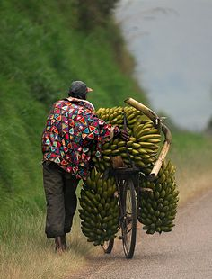 Africa |  On the road from Mbarara to Kabale, Uganda | ©youngrobv, via flickr