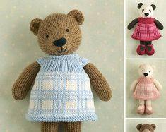 Baby Knitting Patterns Dress Girl bear in a plaid dress Knitting pattern by Julie Williams Baby Knitting Patterns, Teddy Bear Knitting Pattern, Knitted Teddy Bear, Crochet Patterns, Bear Patterns, Knitting Bear, Knitted Bunnies, Knitting Toys, Crochet Teddy