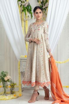 Kindly Read Detail Description on our Website. -> You can Also purchase this Outfit online from our website www.saroshsalman.com & pay by Credit/Debit Card & Paypal -> Free International Delivery -> Discount on Buying 2 or More -> Express Shipping by FEDEX & DHL Bridal Dupatta, Pakistani Bridal Dresses, Pakistani Dress Design, Pakistani Designers, Asian Suits, Wedding Wear, Wedding Dresses, Dresses Online, Designer Dresses