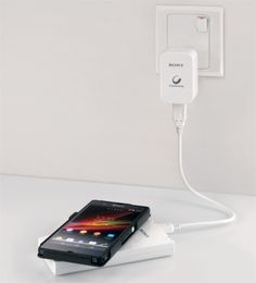 Sony CP-W5 is a portable wireless charger for Qi-compatible devices