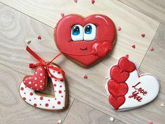 32 отметок «Нравится», 6 комментариев — Пряники. Торты. Макарон (@perfekto_dp) в Instagram: «Мои несистемные познания в маркетинге и личный жизненный опыт подсказывает, что на День Святого…» Valentine's Day Sugar Cookies, Sugar Cookie Royal Icing, Cookie Frosting, Heart Cookies, Cute Cookies, Cupcake Cookies, Valentines Day Cakes, Valentine Cookies, Christmas Cookies