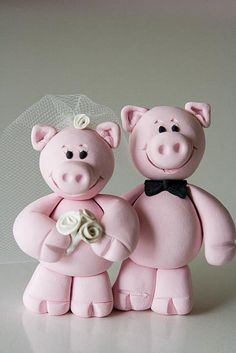 Pig Bride & Groom by Rouvelee's Creations'