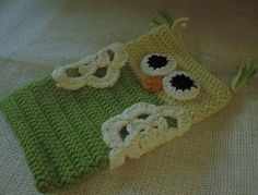 Hand crochet owl mobile phone cover spectacles case storage pouch Merino wool