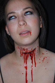 girl-slit-throat