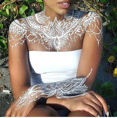White #henna + Brown Skin = *yaaaaaass*