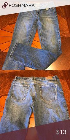 Skinny jeans Aeropostale skinny jeans. Size 9/10 regular. Barely worn Aeropostale Jeans Skinny