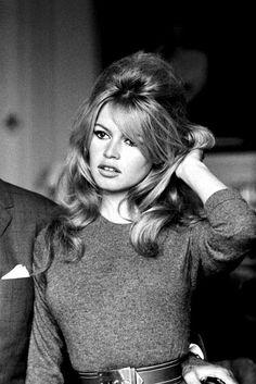 Brigitte Bardot linda!! Acho que a Kaye Moss parece muito com ela. Divas