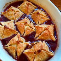 Apple Dumplings by Anna Olson Apple Desserts, Apple Recipes, Great Recipes, Snack Recipes, Dessert Recipes, Cooking Recipes, Dessert Ideas, Pudding Pies, Apple Dumplings