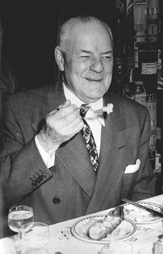 Duncan Hines.. Not just a name brand of foods. He was also the man that pioneered the rating of restaurants for the benefit of travelers. He was born in Bowling Green, KY in 1880.