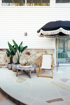 Outdoor Rooms, Outdoor Walls, Outdoor Living, Outdoor Pool Areas, Concrete Outdoor Table, Outdoor Ideas, Sandstone Pavers, Sandstone Wall, White Exterior Houses