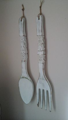 Lovely LARGE Wooden Spoon and Fork Wall Decor-Vintage Tiki Design Spoon  UO39