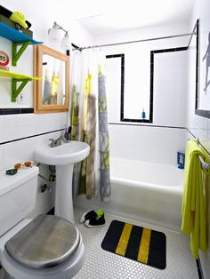 DIY Skateboard-Style Bathroom >> http://www.diynetwork.com/bathroom/boysrsquo-skateboard-style-bathroom/pictures/index.html?soc=pinterest
